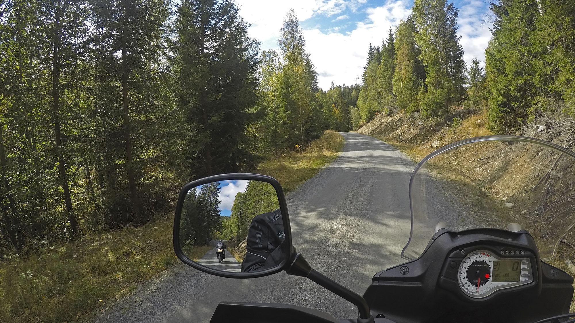Grusveier på motorsykkel