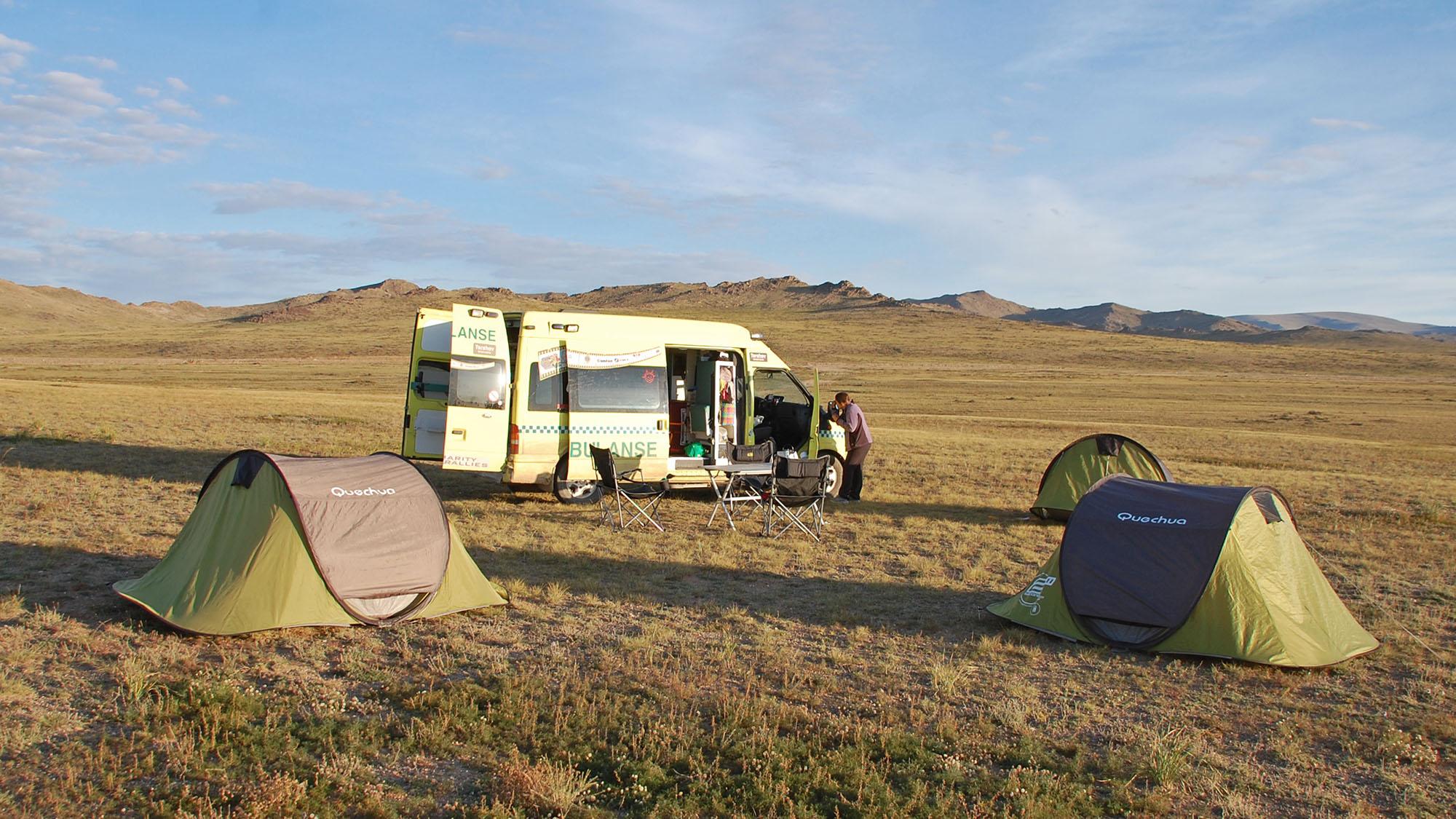 Med unntak av et par netter i Khovd, så campet vi oss gjennom Mongolia og Gobi.