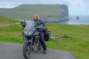 Kvinne på motorsykkel
